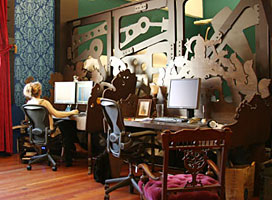 desks sm - The Nautilus office interior design by Because we can