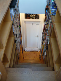 Small Houses Storage Staircase