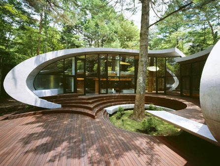 Japanese shell house japanese architecture for Architecture courbe