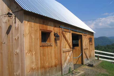 prefab-barns-shelter-kit