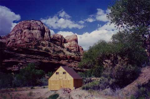prefab-barn-shelter-kit