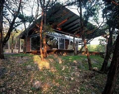 artist-retreat-lake-house