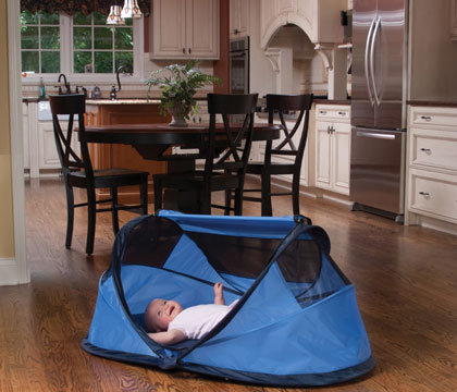 baby-travel-bed-peapod-1