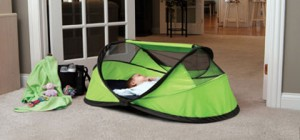 baby travel bed peapod2 300x140 - PeaPod Portable Travel Bed: Oh Baby!