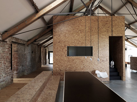 barn-conversion-uk-ochre2