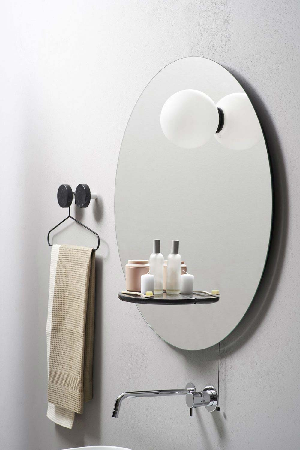 Modern And Playful Design Of Bathroom Mirrors Float