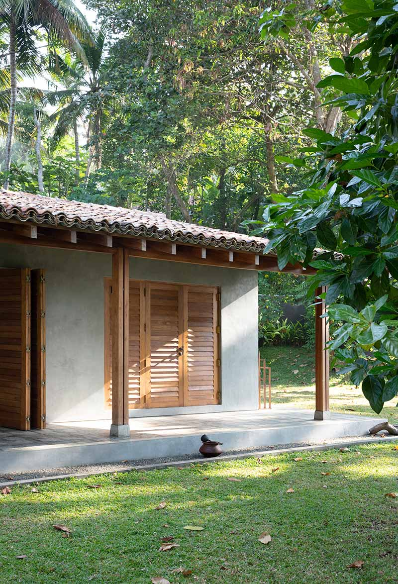 beach house asian design exterior aim2 - K House
