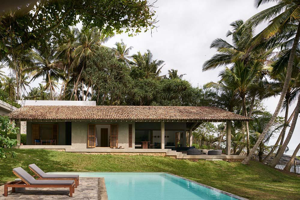 beach house asian design pool aim 1 1000x667 - K House