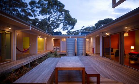 beach house seal rocks 2 - Seal Rocks House 4: surf, beach and patio house