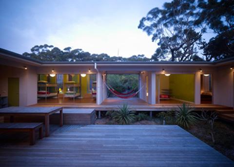 beach house seal rocks 7 - Seal Rocks House 4: surf, beach and patio house