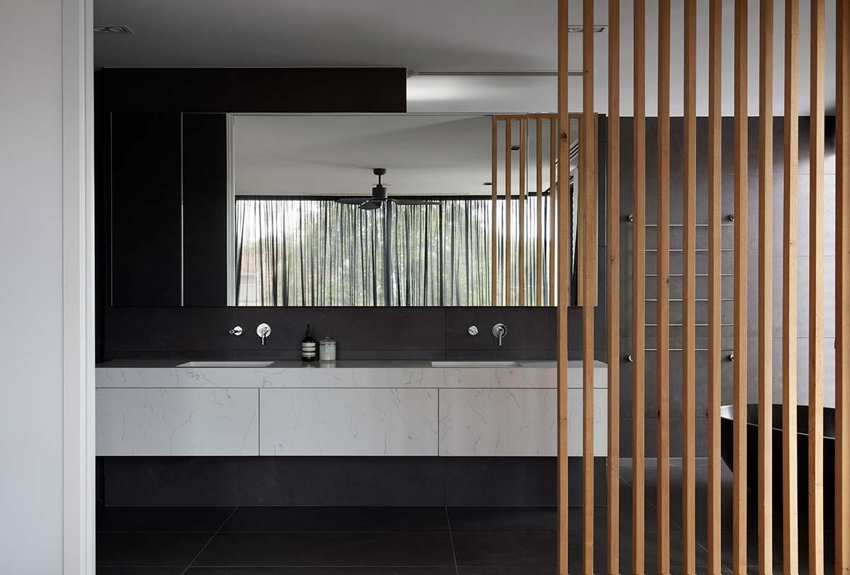 bluestone home bathroom design - The Quarry House