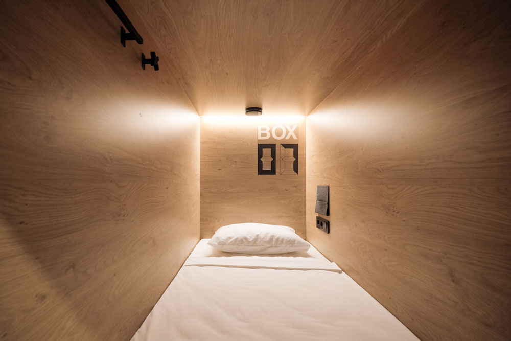 boutique-capsule-hotel-daa7
