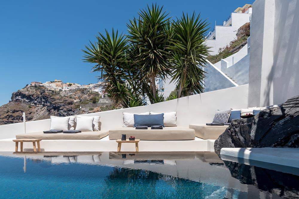 boutique hotel infinity pool santorini - Porto Fira Suites