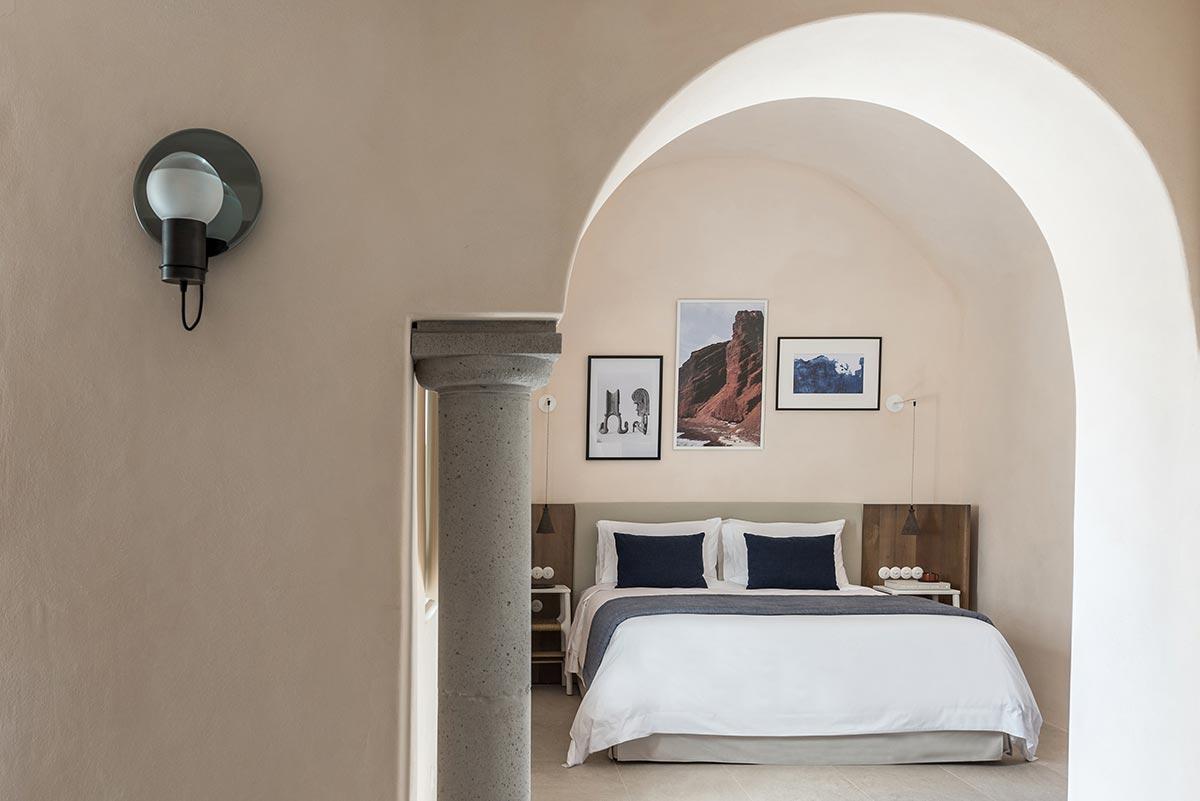 boutique hotel santorini istoria bedroom - Istoria Hotel Santorini