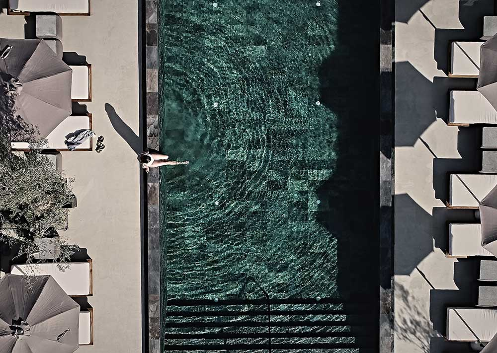boutique hotel santorini istoria pool 2 - Istoria Hotel Santorini