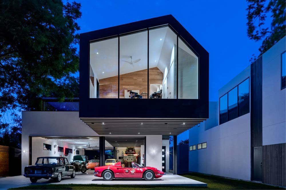 car collector home design mfa 1000x667 - Autohaus