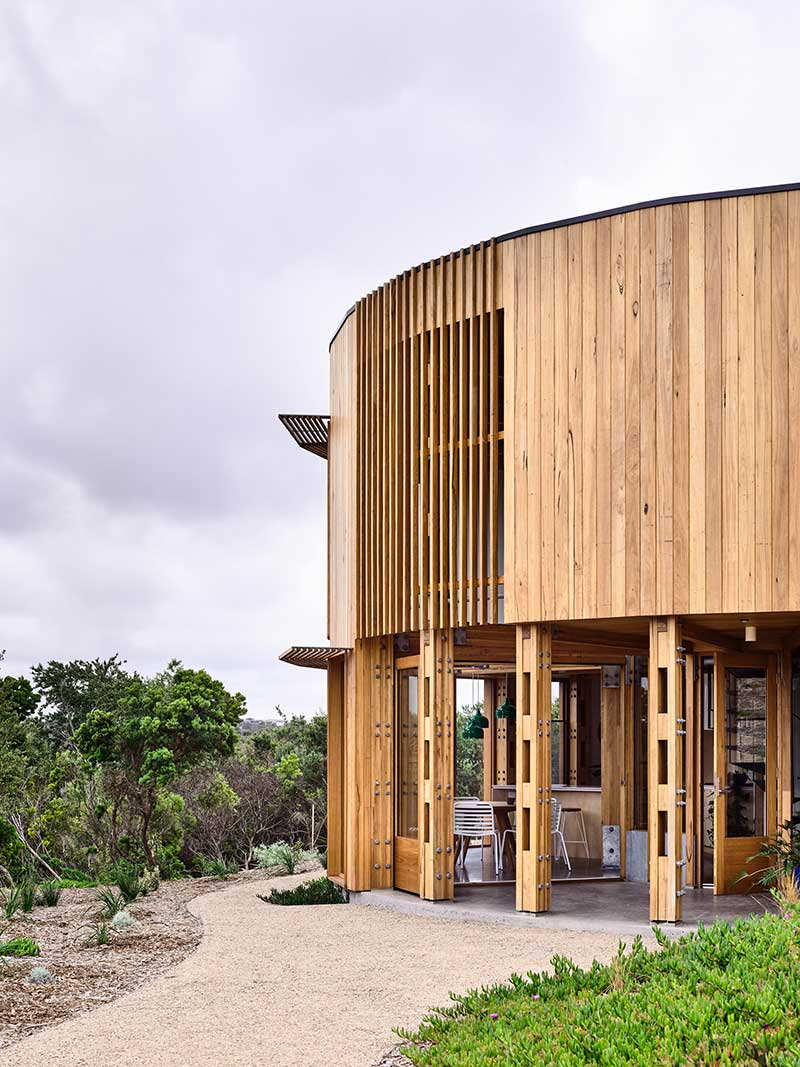 circular beach house design exterior ama - St Andrews Beach House