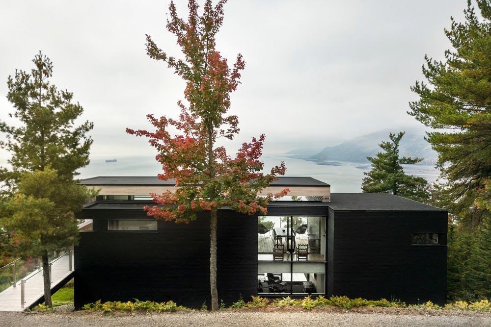 cliffside home facade design aca - Residence Le Nid