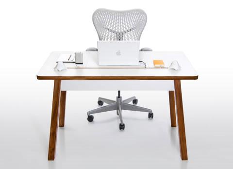 clutter-free-desk-bluelounge