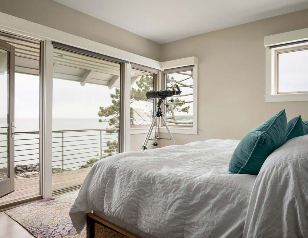 coastal home design bedroom - Sea Change House