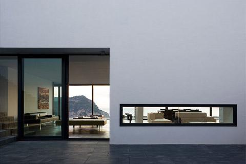 coastal-home-spain-aibs5