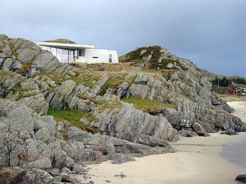 coastal-seaside-villa-jva-3