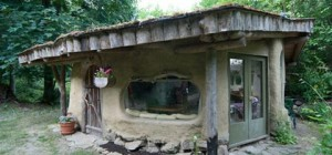 cob homes cottage 22 300x140 - Cob Cottage Homes: What on earth...