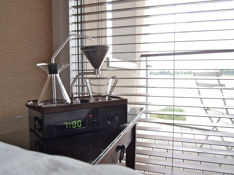 coffee-maker-clock-jrd