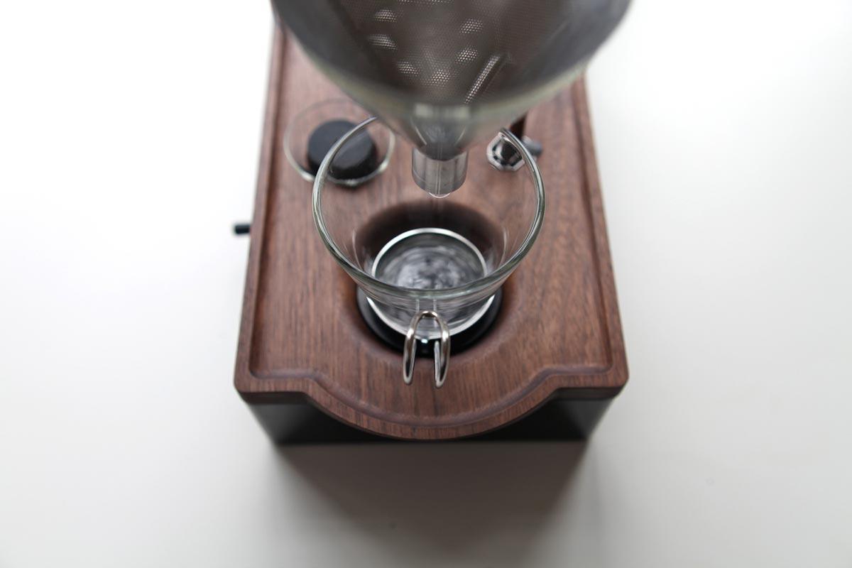 coffee-maker-clock-jrd4