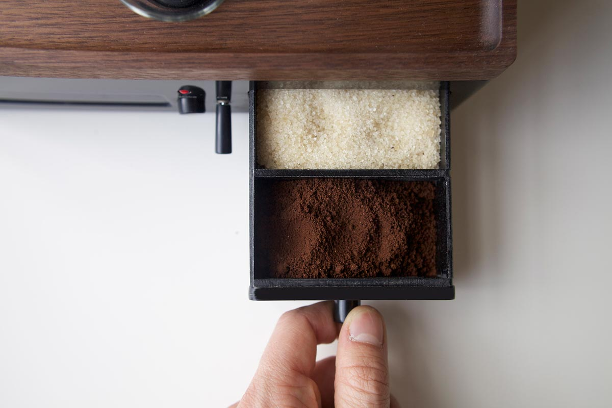 coffee-maker-clock-jrd5