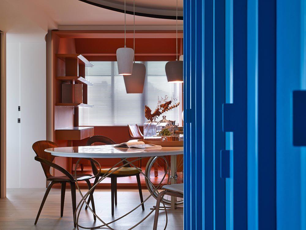 colorful home interiors wd 1000x751 - Vivid Color