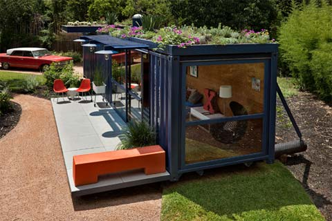 container-guest-house-2