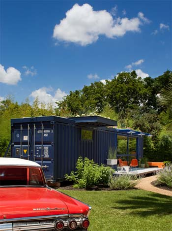 container-guest-house-3