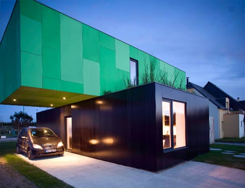 container-home-crossbox-2