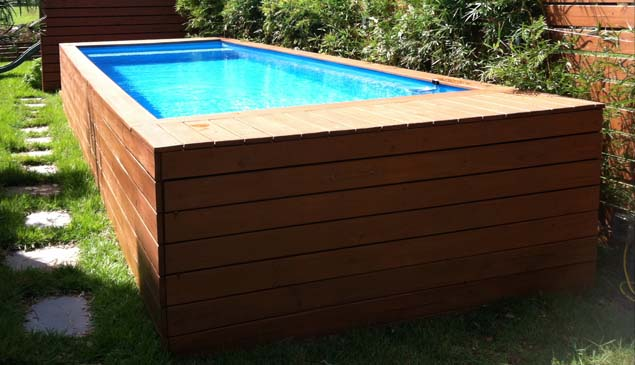 The pool box steel container reborn as a stylish pool - Piscina container ...
