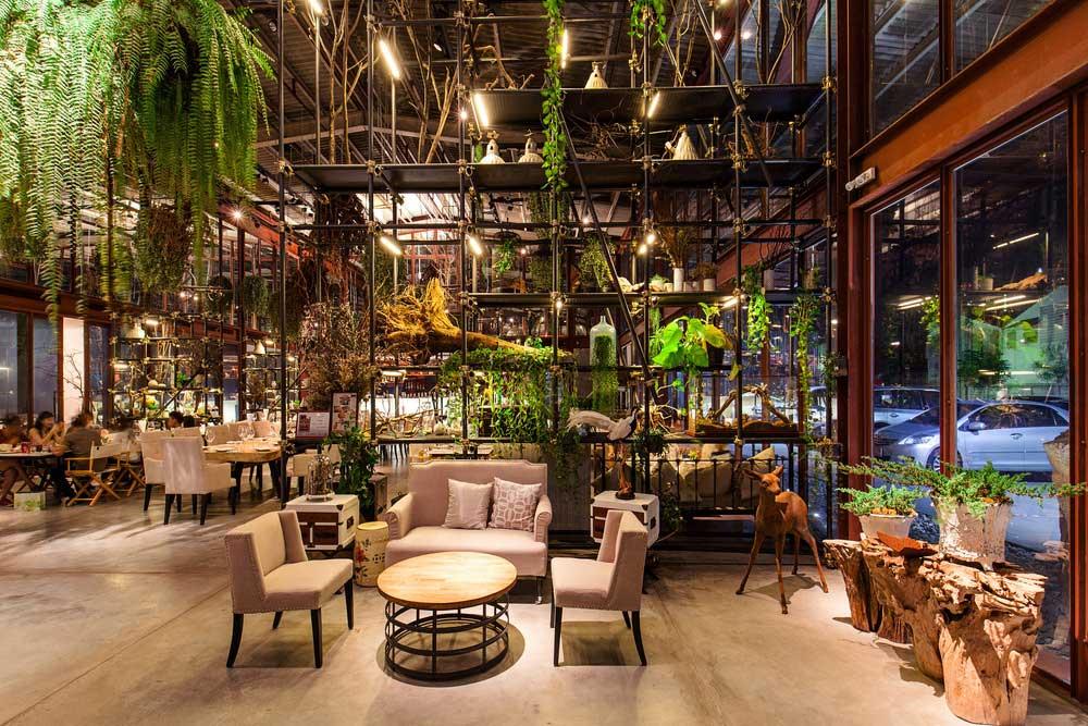 converted-warehouse-restaurant6