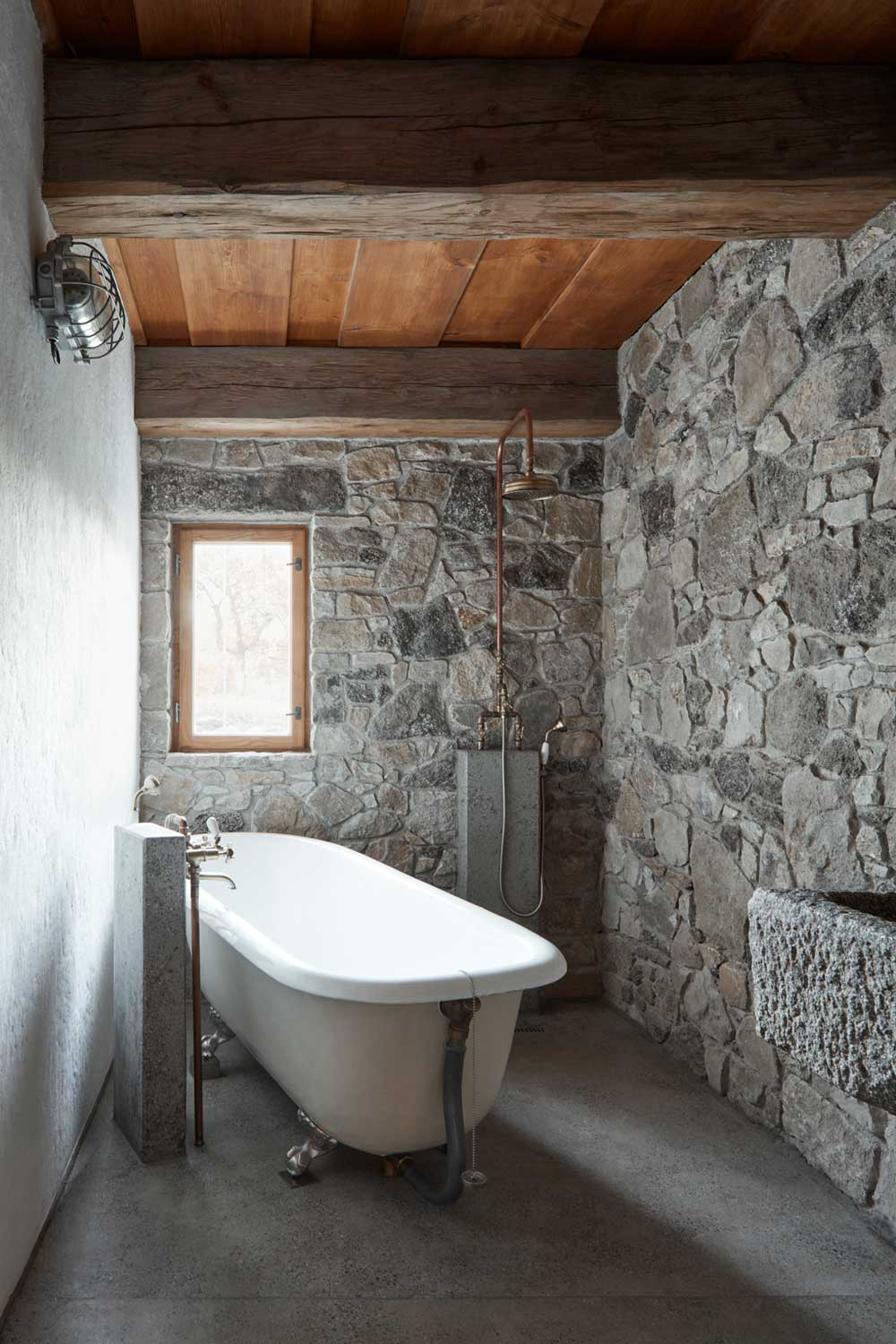 country house renovation bathtub - Country House in South Bohemia