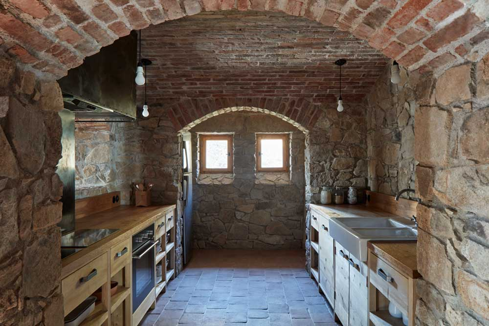 country house renovation kitchen - Country House in South Bohemia