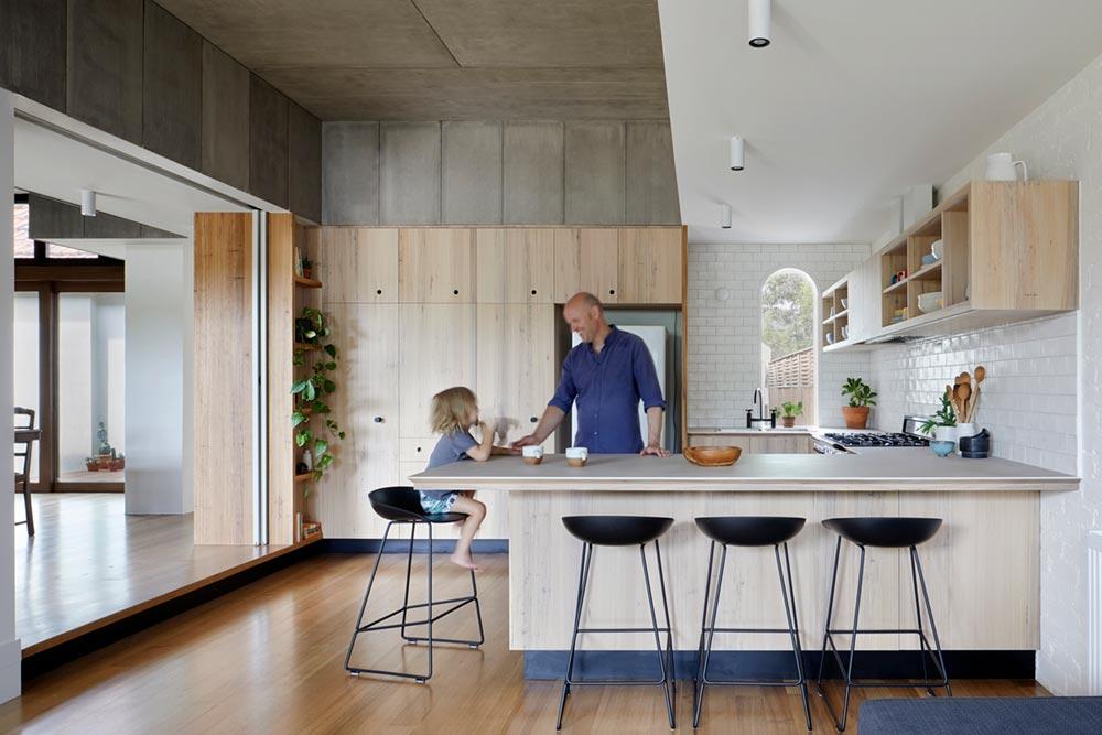 courtyard deck house design kitchen zga - Courtyard Deck House