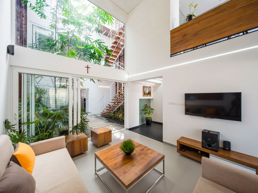 beautifully sustainable courtyard house design in india