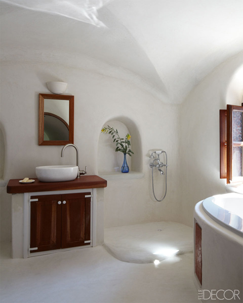 Aegean paradise interior a greek goddess of a house for Greek style bathroom design