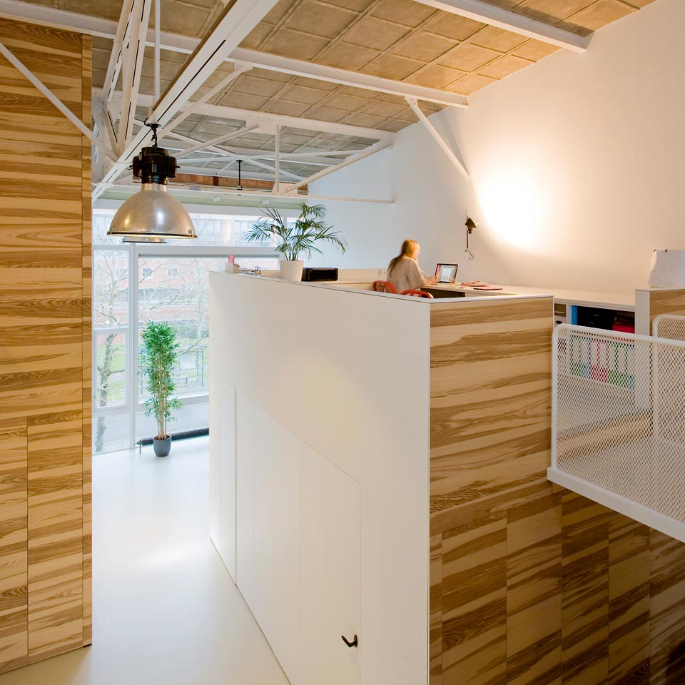 duplex loft home office - House like Village