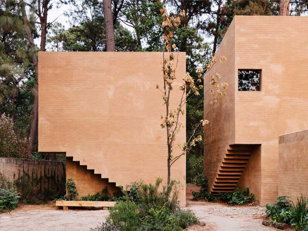 earth brick home design thb 1000x750 - Entre Pinos