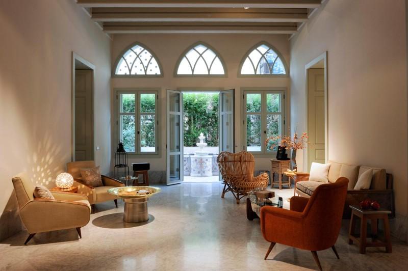 eclectic interior design raa13 800x532 - N Residence: Cool Elegance