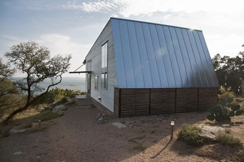 eco-friendly-cabin-mdct4