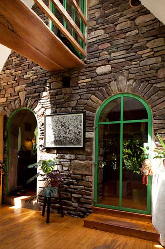 fairytale-stone-house-4