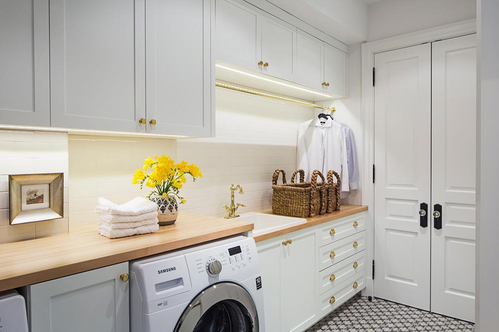 family home luxury interiors laundry room - Home in Little Italy