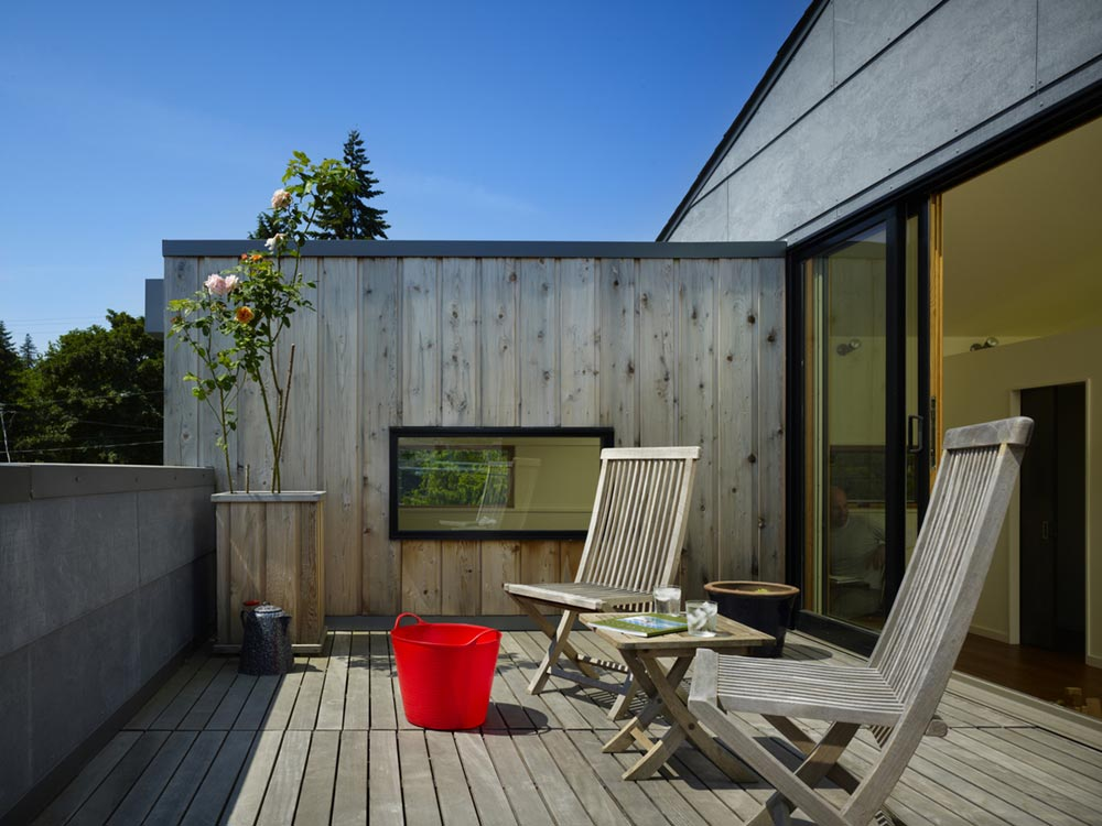 family house rooftop terrace cda - Lobster Boat House