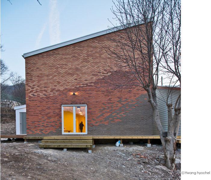 family-housing-jya316