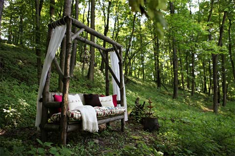 farmhouse-decor-dormers-2